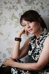 Lina Wolff har de två senaste åren kunnat jobba som författare och översättare på heltid, men det blev inte riktigt lika glamoröst som hon hade tänkt sig.